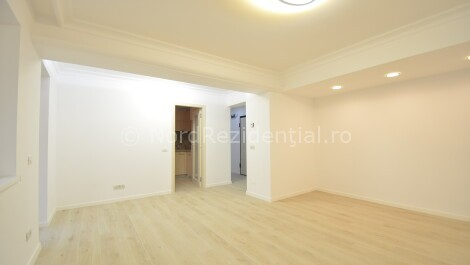 Apartament 3 camere cu curte proprie Domenii