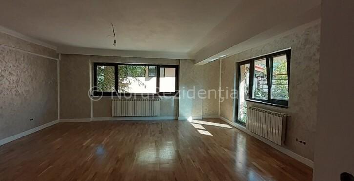 apartament 4 camere domenii